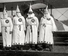Ku_Klux_Klan_members,_March_17,_1922