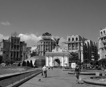 1280px-Maidan_Nezalezhnosti4-001